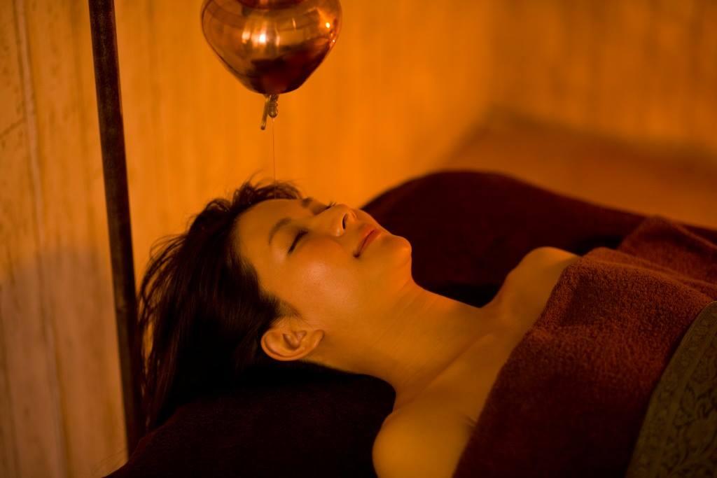 シロダーラ~瞑想~深いリラクゼーション